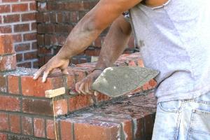 assentamento-de-tijolos-alvenaria-puxadinho