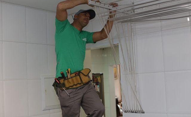 Como instalar um varal de teto