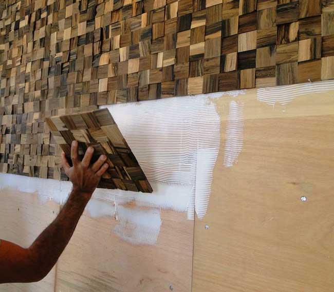 Aprenda como instalar revestimentos da maneira correta for Azulejo para pared de sala