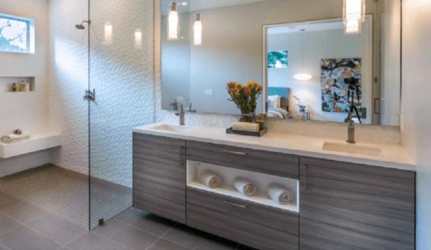 Decoração em banheiro com espelho