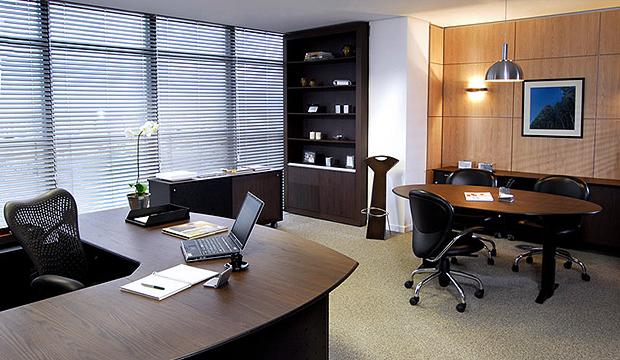 Sugestão de decoração em escritório de advogado
