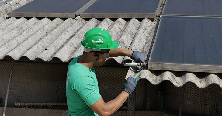 Saiba o momento certo de fazer manutenção e reforma no telhado do imóvel
